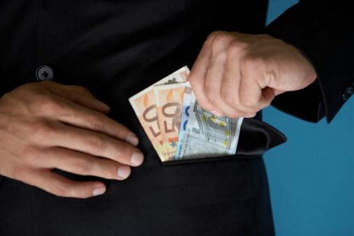 1000 Euro Bargeld mit Schufa Eintrag heute leihen